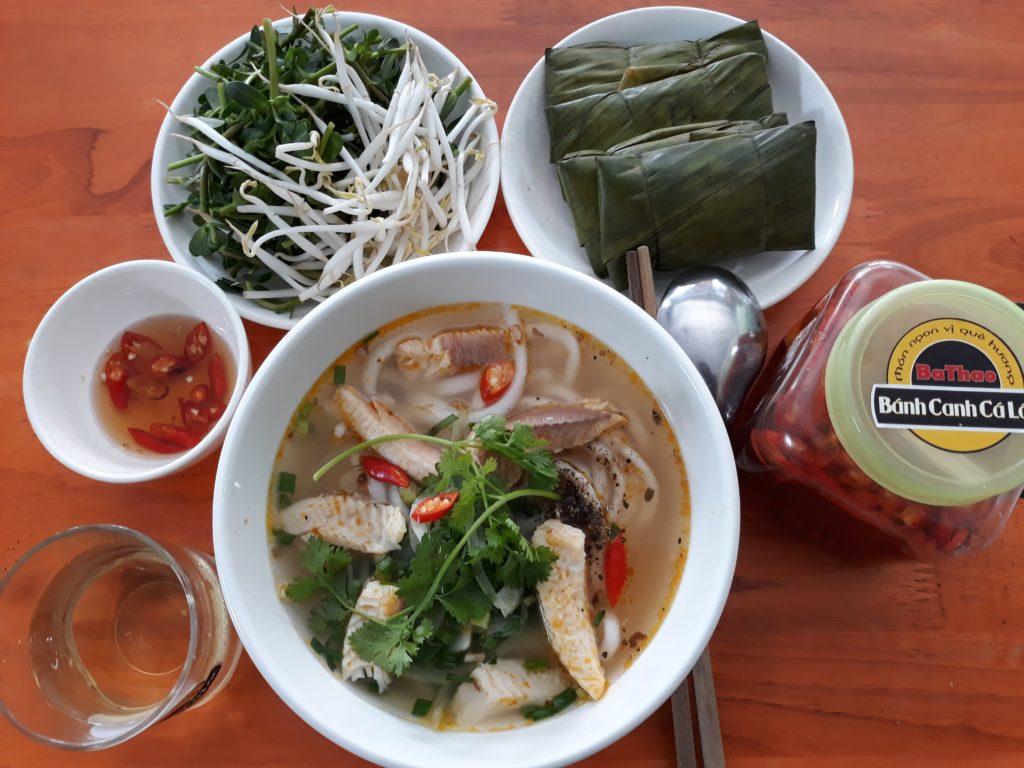 Bánh canh cá lóc Huế